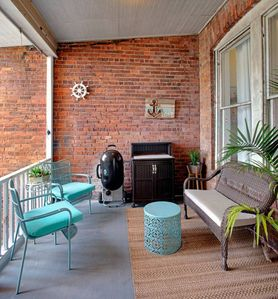414 Waldburg A · Newly Renovated Apt with outdoor space!
