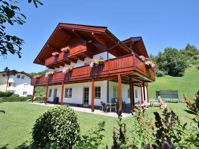 Photo for Complete apartment on the outskirts of the charming village of Maria Alm