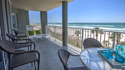 Photo for 3d Floor 3 BR/3 BA all Ocean Front! Free Beach Chairs/Umbrella