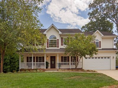 Photo for NEW LISTING - Whitetail Haven: 15 mins to AVL