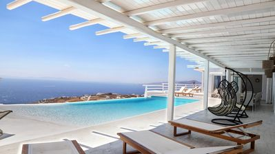 Photo for BlueVillas | Villa Maxima | Private infinity pool, view, gym, tennis, BBQ & bar