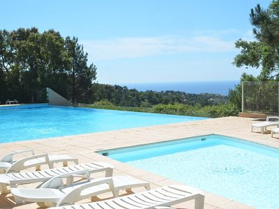 Photo for 3 ROOMS BEAUTIFUL SEA VIEW ON THE GULF OF ST TROPEZ INFINITY POOL