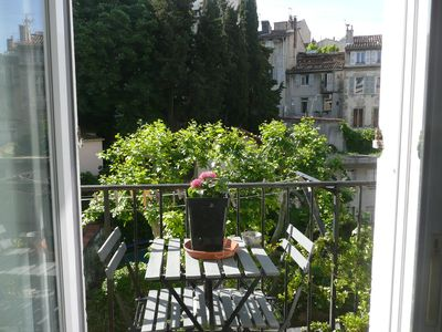 Photo for Quiet, Central air-conditioned View / Garden, Restaurants, Shops, Close to Transport
