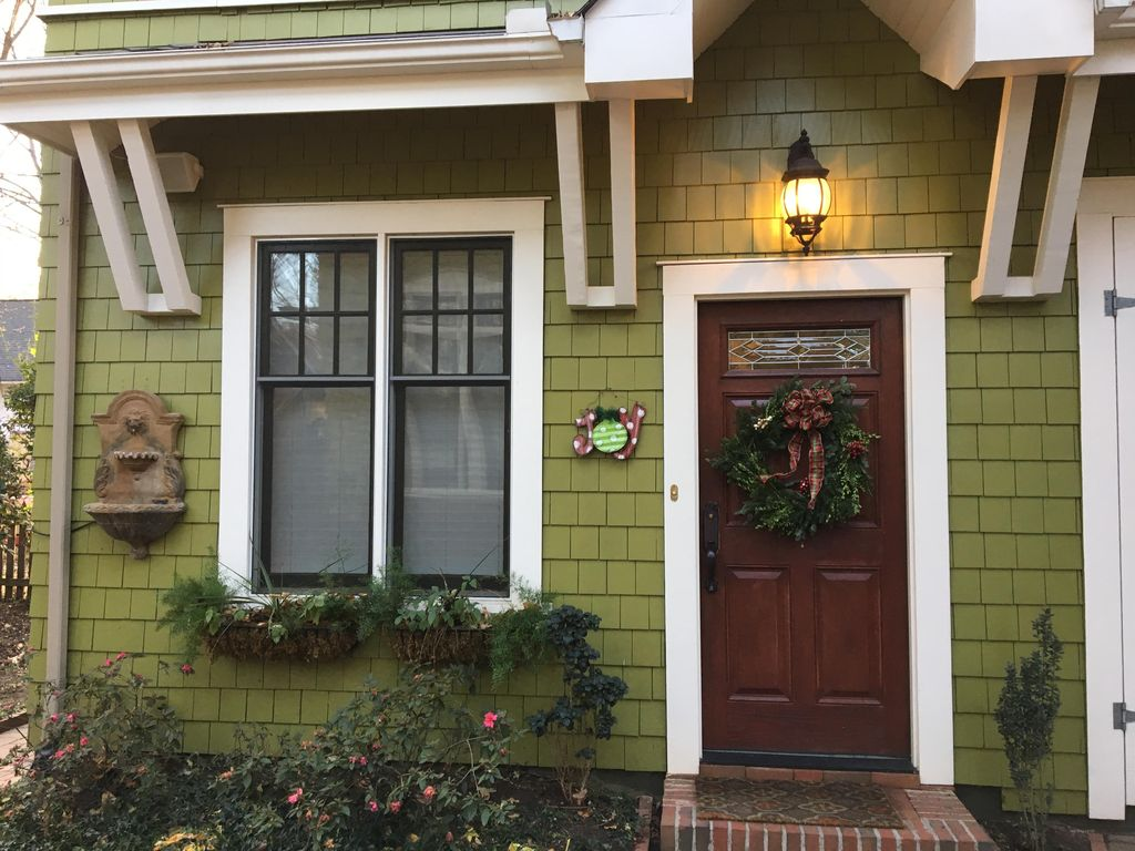 Charming Carriage House in historic Dilwort... - VRBO