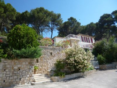 Photo for Bastide 19th 5 mn downtown Aix Panoramic view