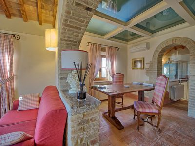 Photo for 4 bedroom Villa, sleeps 8 in Tavarnelle Val di Pesa with Pool, Air Con and WiFi