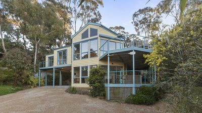 Photo for Hopetoun Seascape - Peaceful Family Beach Home