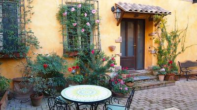Photo for At Few Steps from Vatican City with Garden and Private Parking