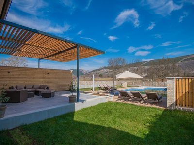 Photo for ctim261/ Holiday house with private, heated pool, in Donji Proložac - Makarska, can accommodate 8+2 persons i 5 bedrooms, wi-fi, AC