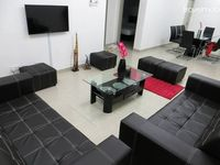 Really spacious and the pretty Hanna B is very kind. With good service and we satisfied enough with