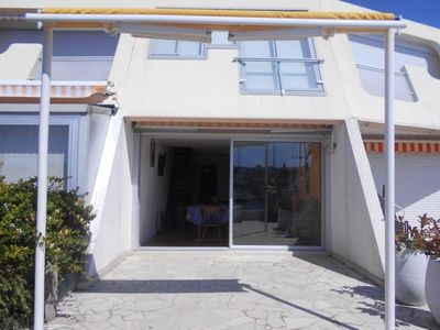 Photo for Apartment Port Camargue, 3 bedrooms, 8 persons