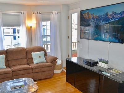 Photo for Downtown Newport Luxury on Thames, 2BR, Sleeps 7 - Walk to Everything