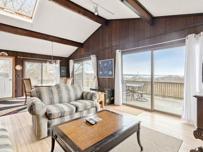 Photo for Cozy home with panoramic lake views, minutes from the ocean - dog-friendly!