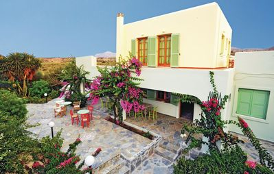 Photo for 4 bedroom accommodation in Kato Gouves Heraklio