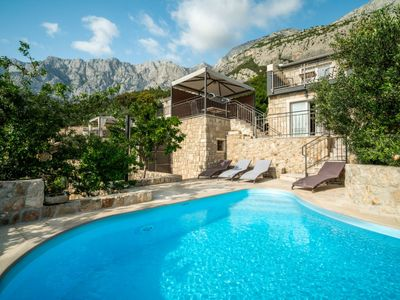 Photo for Vacation home Belvedere in Makarska - 4 persons, 1 bedrooms
