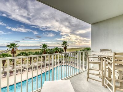 Photo for Updated Gulf front condo w/ shared pool, hot tub, and sauna, & beach access!
