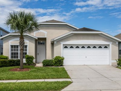 Photo for 4 bed vacation home in Windsor Palms Resort close to Disney!
