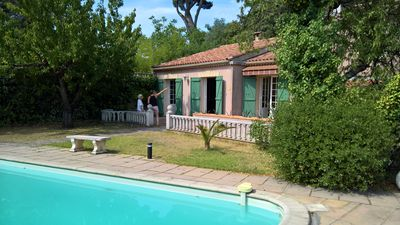 Photo for Spacious Provencal house in a quiet area between Marseille and Cassis