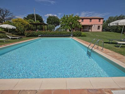 Photo for Villa Fufi, refined country house with pool near Arcevia, in the quiet of Marche countryside