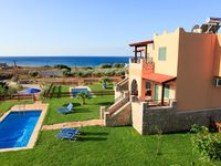great villa very close to the beach and with stunning views of the mountains