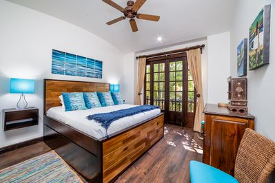 Ample guest suite with King Bed and Trundle bed