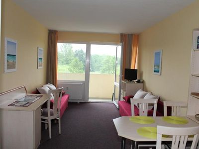 Photo for Holiday apartment E222 for 2-4 persons on the Baltic Sea