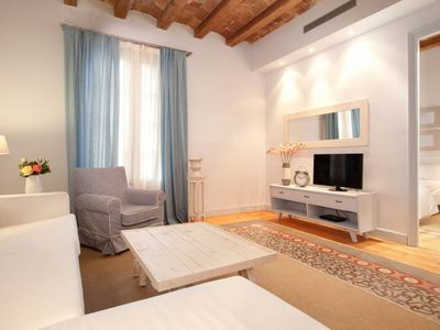 Photo for Miro 22 apartment in Eixample Dreta with WiFi, air conditioning, balcony & lift.