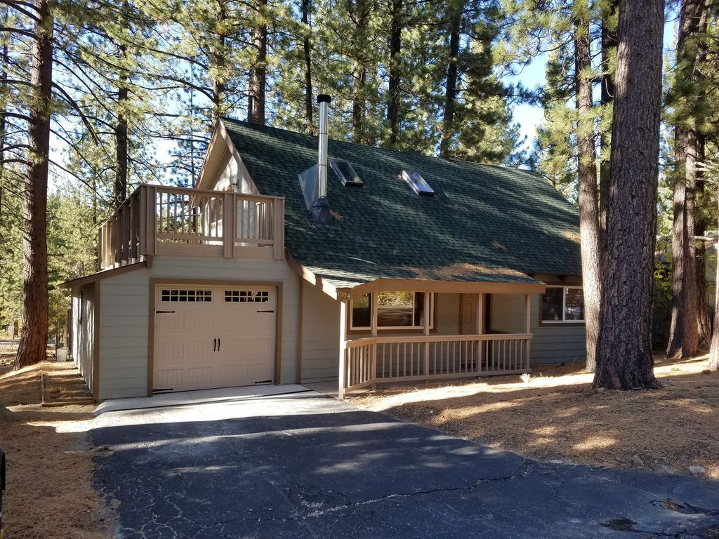 Tahoe Contemporary Style Cabin Home Pioneer Trail