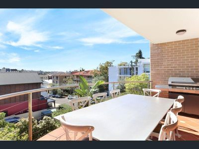 Photo for SEAFARER - 3 Bedroom Beach Pad in Coogee