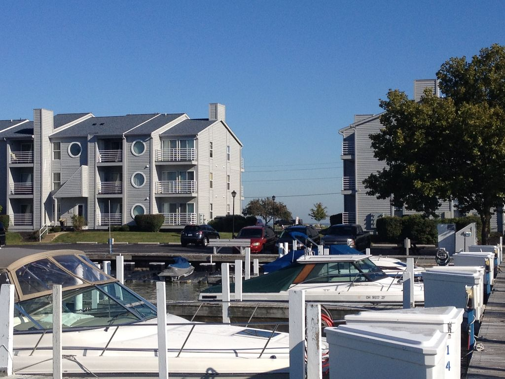 port clinton big and beautiful singles Favorite this post sep 16 double and single wides available at amherst trail  $320  favorite this post sep 10 port clinton: condo mobile home w/35' dock   favorite this post aug 10 beautiful home for sale $259000 4br - 2475ft2 - (oak  harbor,  ohio flip 88k/arv 135k just need updated no major  repairs.