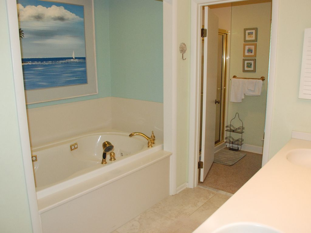 Sandy Toes 7 bedroom home just steps to the beach, South Carolina ...