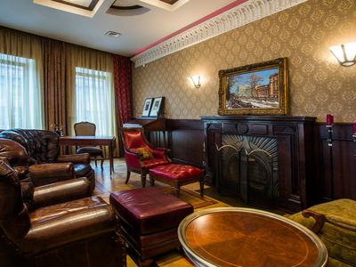 Photo for Luxury, American-owned apt by Hermitage