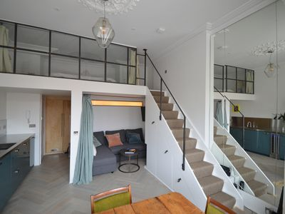 Photo for Beautiful & bright, newly renovated NOTTING HILL studio