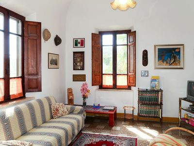 Photo for Wonderful private villa for 11 people with TV, balcony, pets allowed and parking