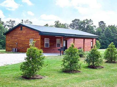 Photo for 3BR Cabin Vacation Rental in eckerty, Indiana