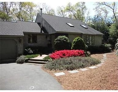 Photo for Beautiful 3br Cape, Access To Bike Path & Pond, Large Deck, Quiet Street