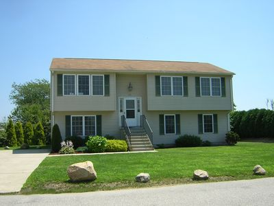 Photo for Walk to Scarborough! Bright Beach House with AC, 6 bedrooms, 3 full bathrooms!