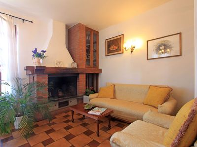 Photo for Vacation home Michelangelo in Forte dei Marmi - 5 persons, 3 bedrooms