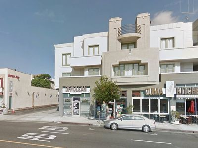 Photo for 300 Lux Apartment Nr UCLA & Buses on Westwood Blvd