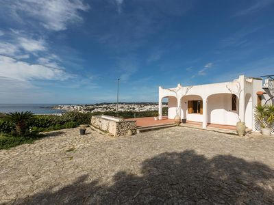 Photo for 1068 Villetta with Sea View and Garden
