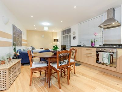 Photo for 2 bed flat by Station Stockwell (8)