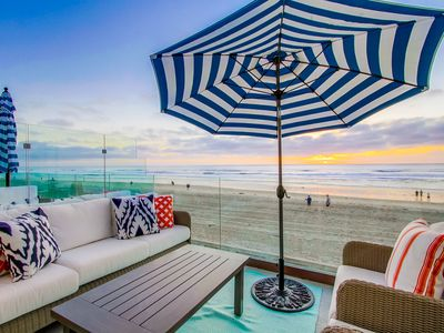 Luxury OCEANFRONT 🌊 home in highly desirable Mission Beach! 🌴
