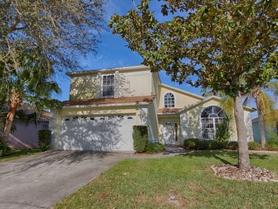 Photo for Lake View Pool/ Spa Villa Minutes From Disney