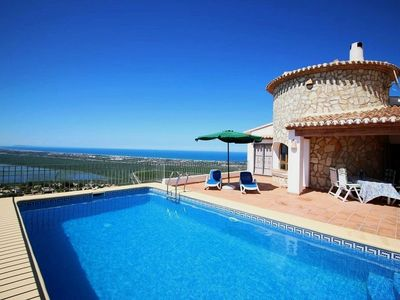 Photo for Comfortable villa with stunning panoramic views and large pool in Denia