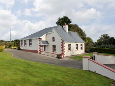 Photo for 3 bedroom property in Fethard-on-Sea. Pet friendly.