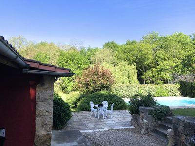 Photo for Renovated charming house in a wooded and quiet environment, 7 minutes from bergerac