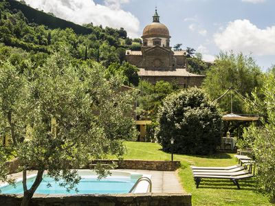 Photo for Independent two bedroom villa-Cortona   Cottage Wind O is a fabulous private cottage which lays in the