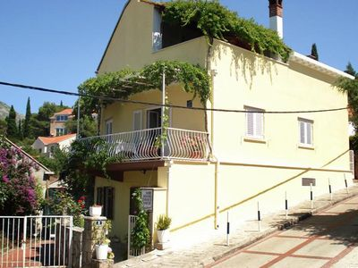 Photo for Two bedroom apartment with terrace Cavtat (Dubrovnik)