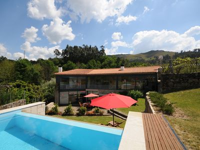 Photo for A Recently Fully Renovated High Standard Holiday Villa Set in a Great Location.