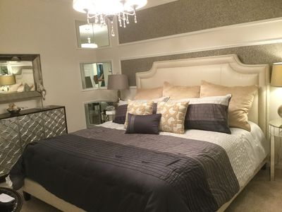 Master Bedroom, King Size Bed, Walk in Closet